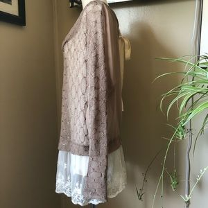 A'Reve Tops - Large A'reve lightweight sweater long sleeve top